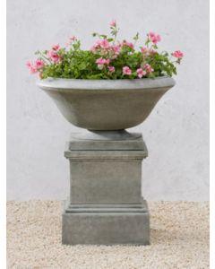 Maywood Urn w Pedestal